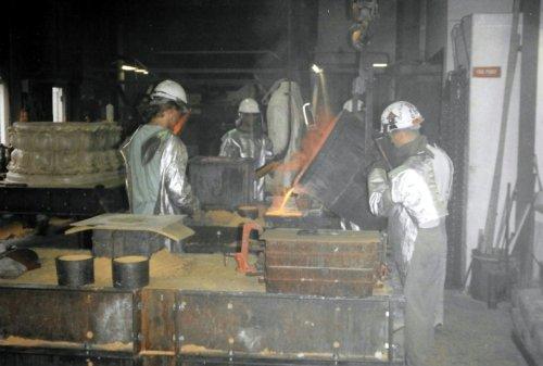 Cast Pouring