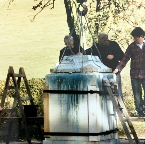 5-Nov-1996 Contractors placing the new plinth. Image courtesy of Alan Parker.