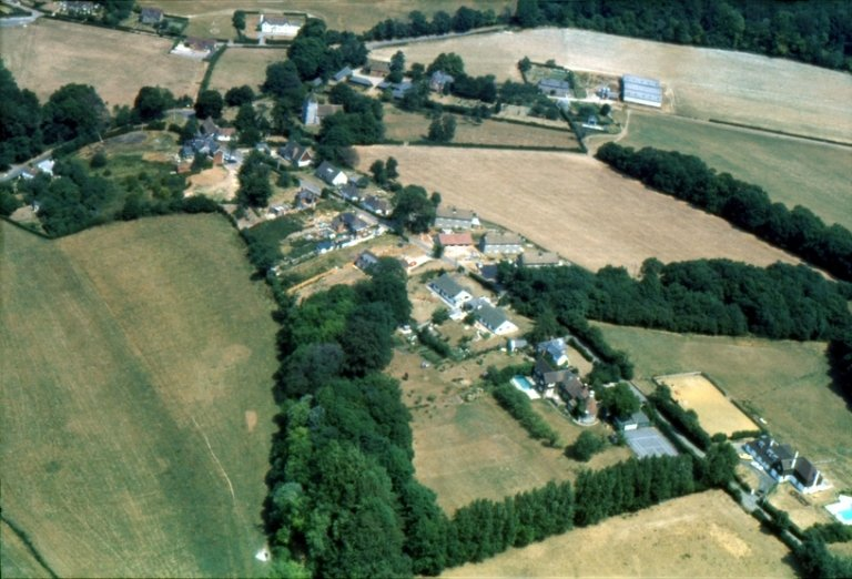 1977 aerial view of Stansted, Kent, looking north